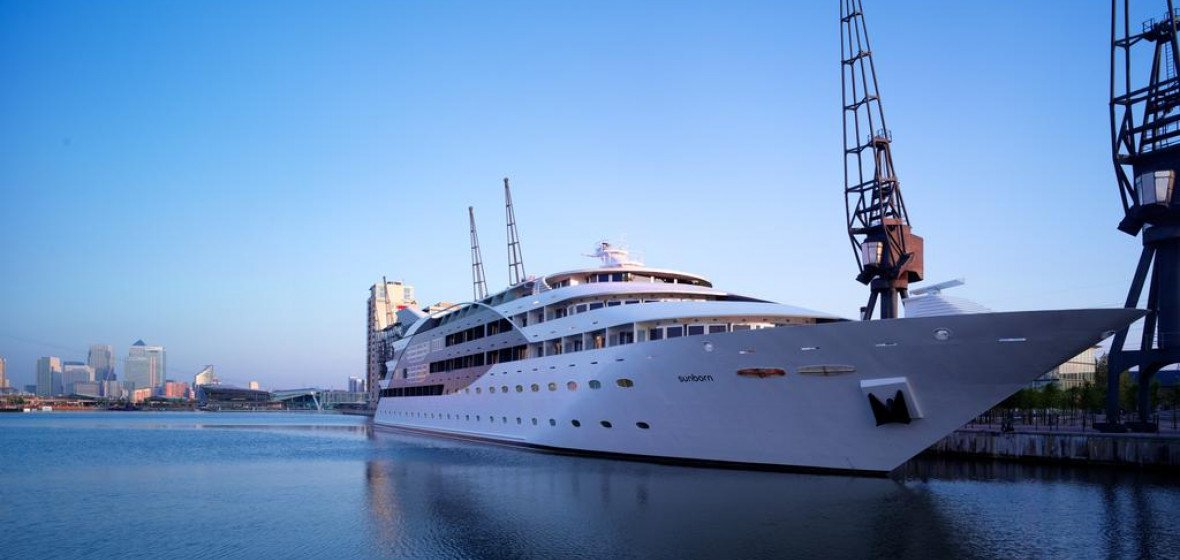Photo of Sunborn Yacht Hotel