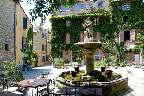 Provence Has Numerous Excellent Restaurants With Rooms But One Of The Best In A Rural Setting Is Hotel Des Deux Rocs Food Very Provencal