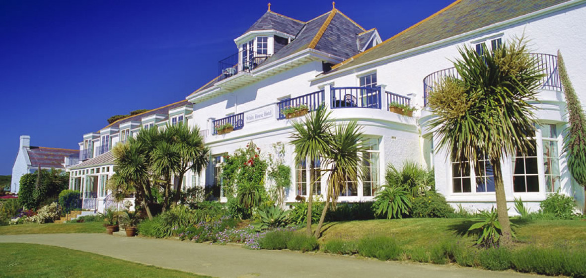 White House Hotel Herm Rooms