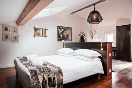 Une Chambre Chez Dupont