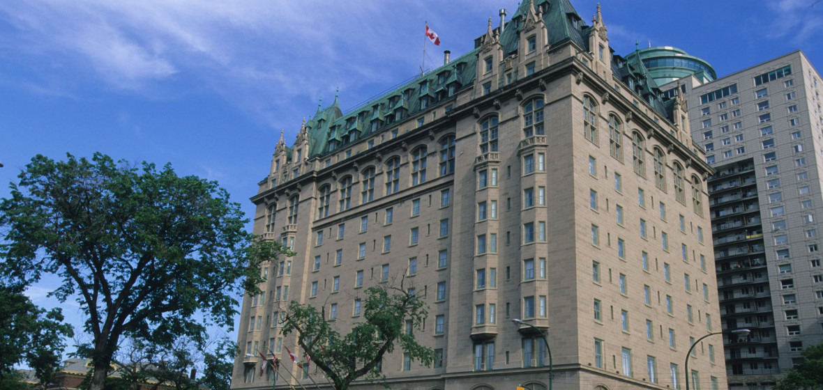 Photo of Fort Garry Hotel