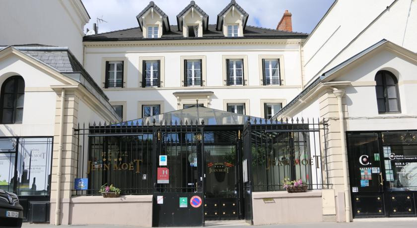Photo of Hôtel Jean Moët