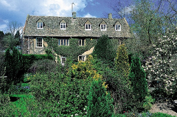 Photo of Lower Brook House