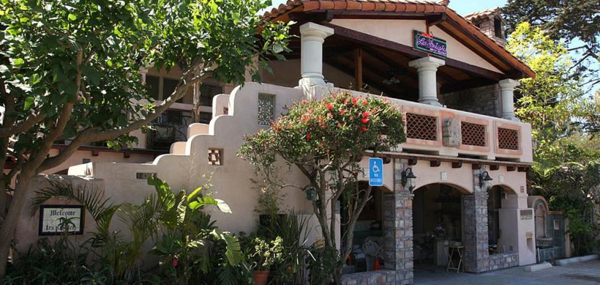 Photo of Les Artistes Inn