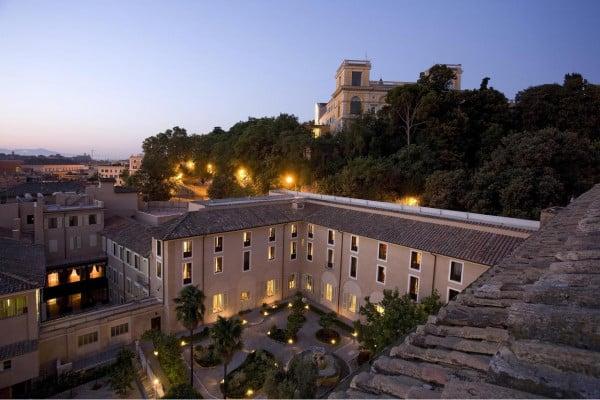 Hotel Dona Camilla Savelli