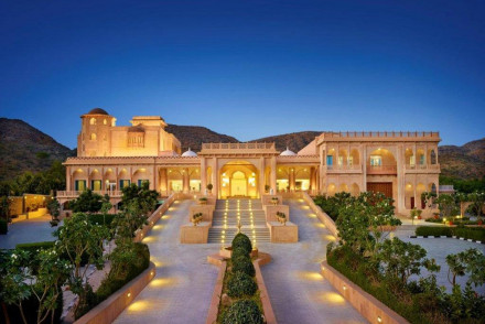 The Gateway Resort