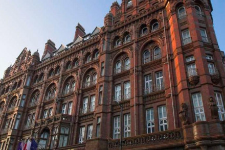 Food Places Near Palace Theatre Manchester