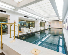 13 of the Best London Hotels with Pools