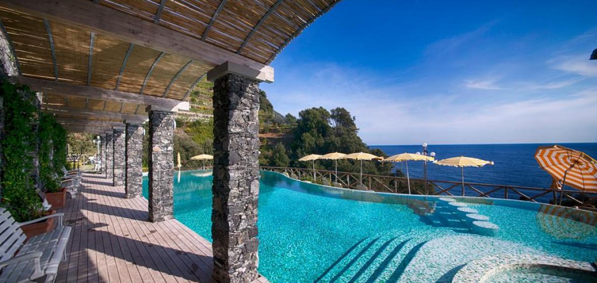 Photo of Hotel Porto Roca
