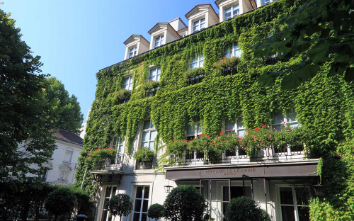 If Your Idea Of The Best Hotels In Marais Involves A Bit Period Luxury Then Try Pavillon De La Reine Situated On Place Des Vosges And Once