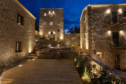 Alistos Hotel