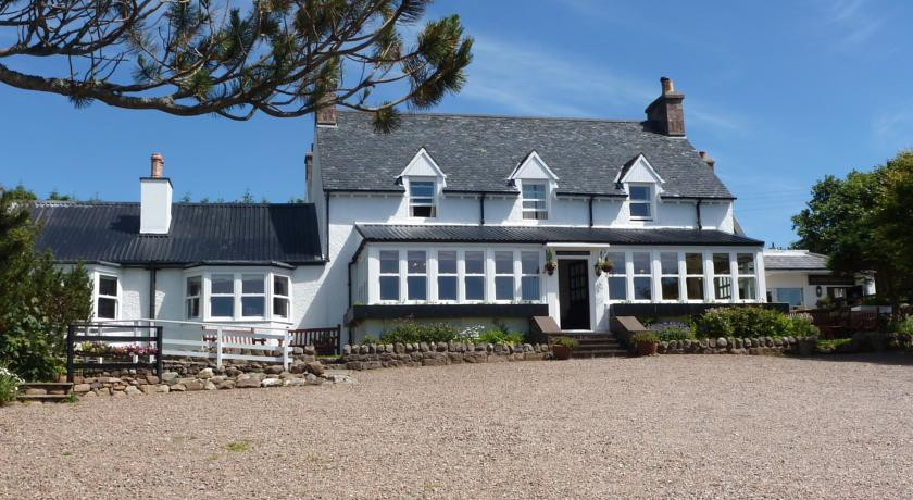 Photo of Summer Isles Hotel