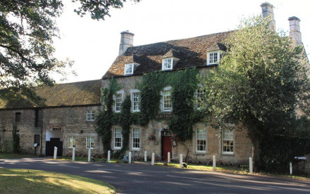 Fox and Hounds Hotel