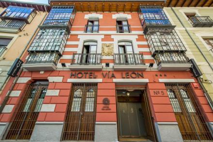 Hotel Via Leon