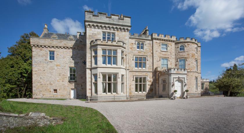 Photo of Crossbasket Castle