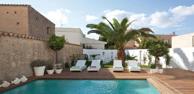 Photo of Hotel Es Mares