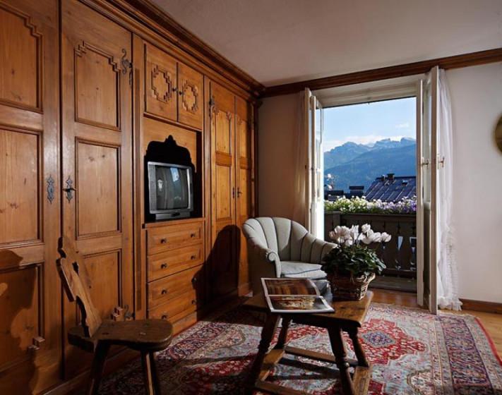 Hotel ancora cortina d 39 ampezzo italy the hotel guru for Ancora hotel