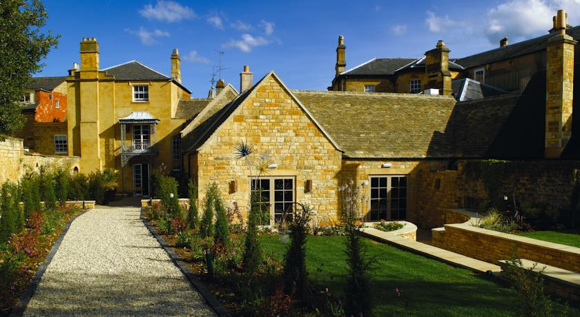 Photo of Cotswold House Hotel