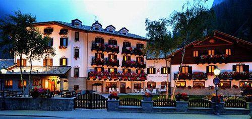 Photo of Hotel Jolanda Sport