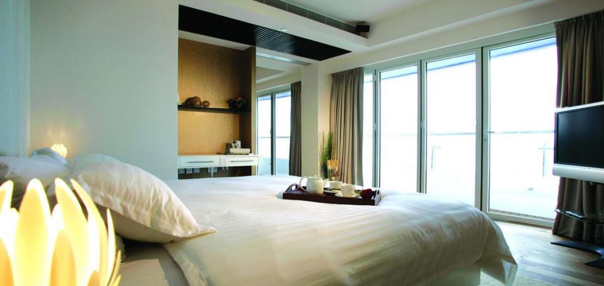 Photo of Stanley Oriental Hotel