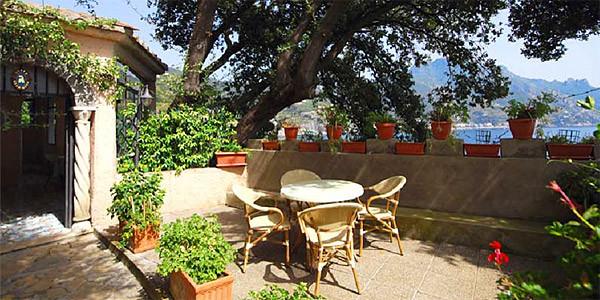 Villa scarpariello not to show castiglione di ravello for 64 rustic terrace bristol ct