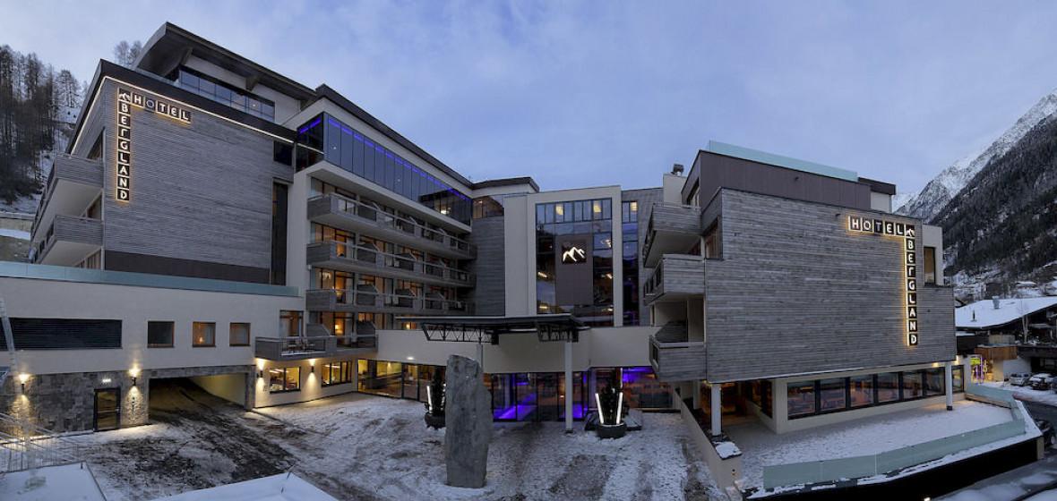 Photo of Bergland Hotel