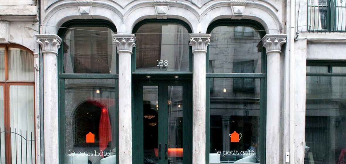 Photo of Le Petit Hotel, Montreal