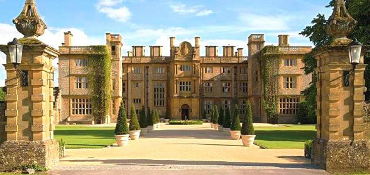Photo of Eynsham Hall