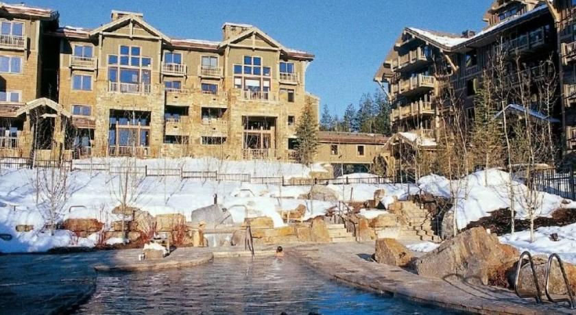 Photo of Four Seasons Resort Jackson Hole