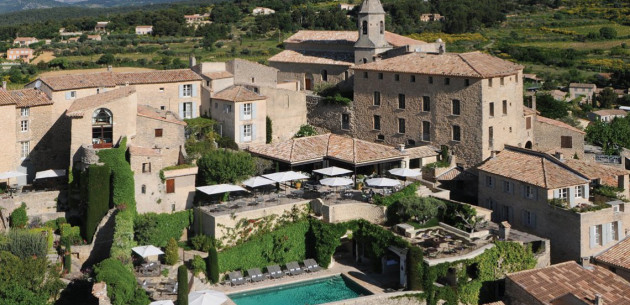 hotel crillon le brave provence france expert reviews and highlights the hotel guru. Black Bedroom Furniture Sets. Home Design Ideas