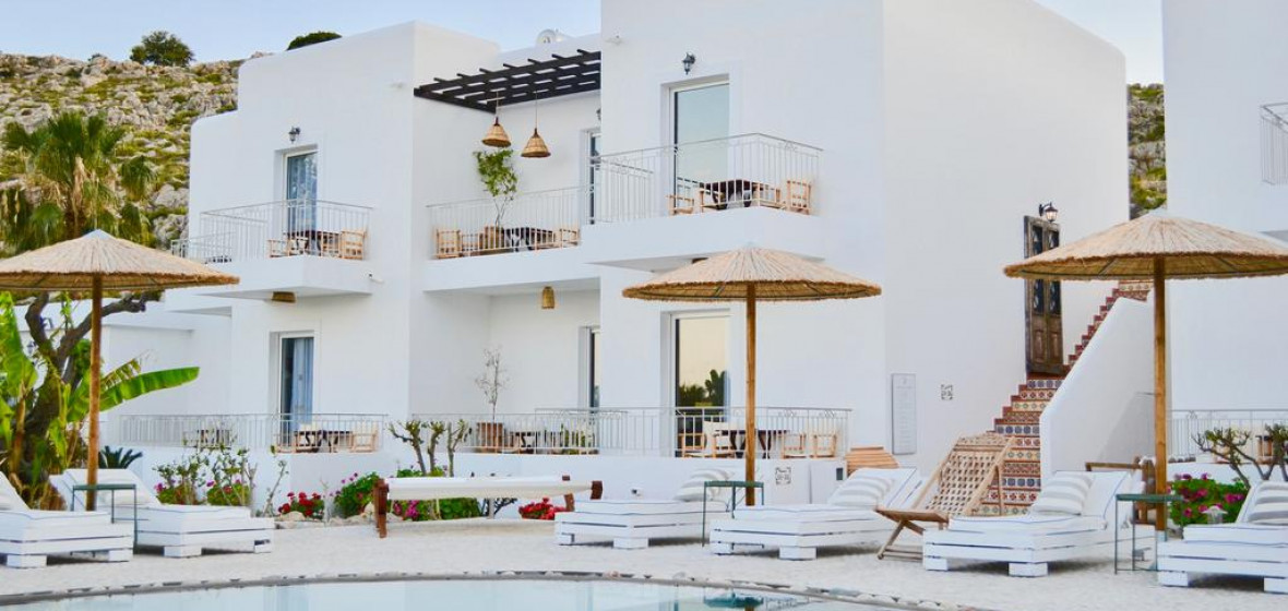 Photo of Caesars Gardens Hotel & Spa