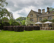 6 Dog Friendly Hotels in the Peak District