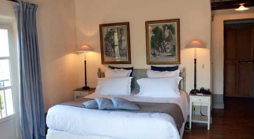 le hameau des baux provence france the hotel guru. Black Bedroom Furniture Sets. Home Design Ideas