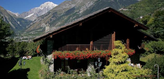 Photo of Mont Blanc Hotel Village