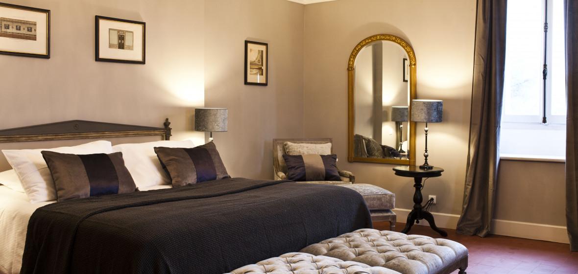 chateau st pierre de serjac languedoc roussillon the. Black Bedroom Furniture Sets. Home Design Ideas