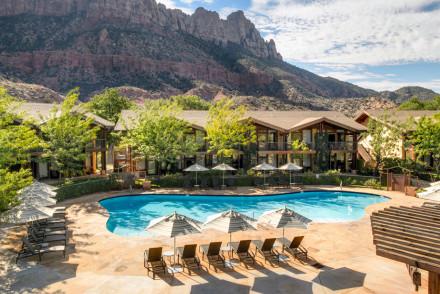 Desert Pearl Inn