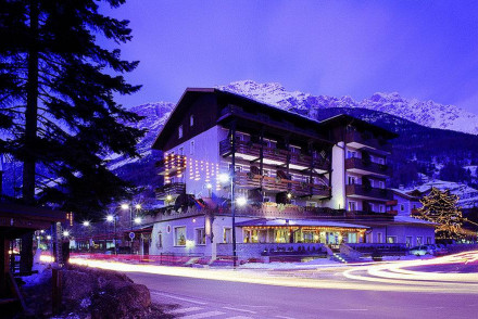 Hotel Baiti Dei Pini