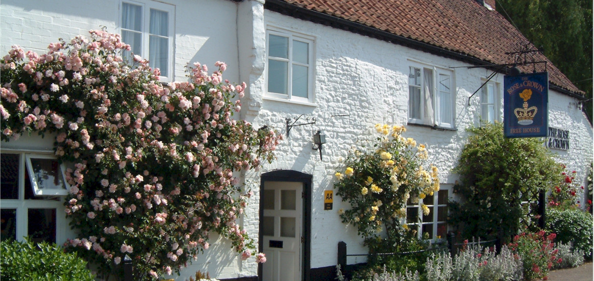 Photo of The Rose and Crown