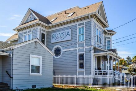 Rio Vista Suites