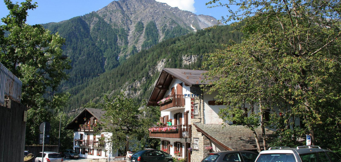 Best Hotels In Courmayeur Italy