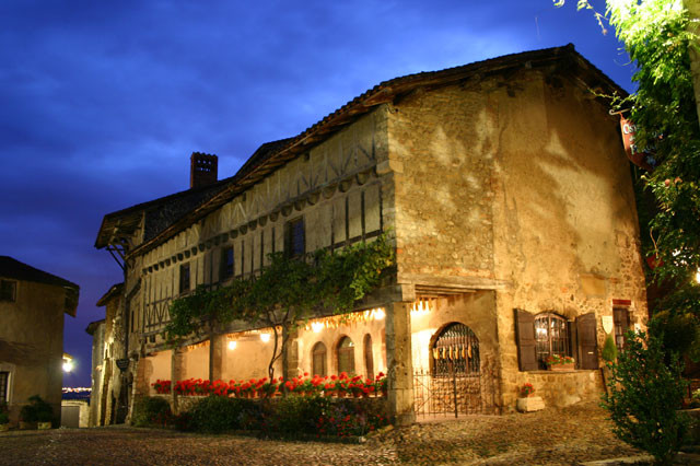 Photo of Ostellerie du vieux perouges