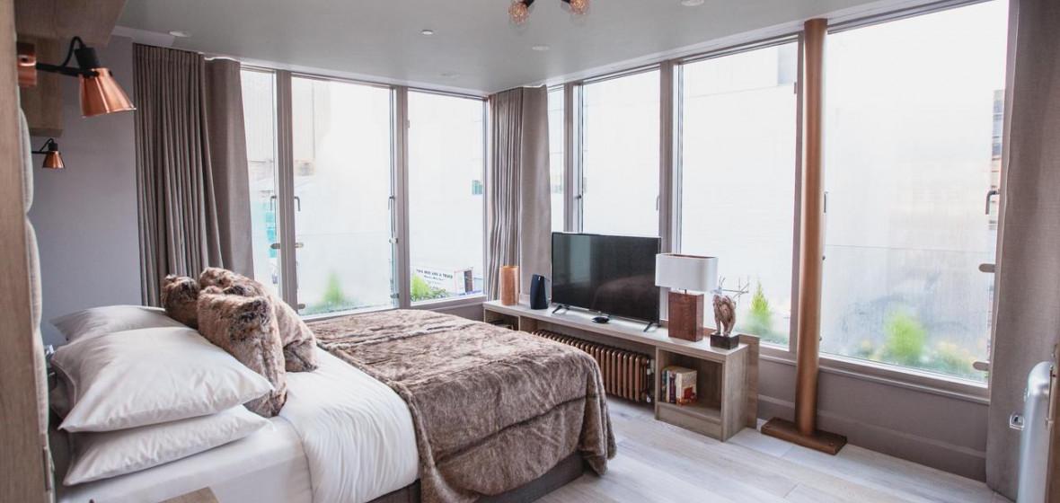 Photo of Clarendon Suites